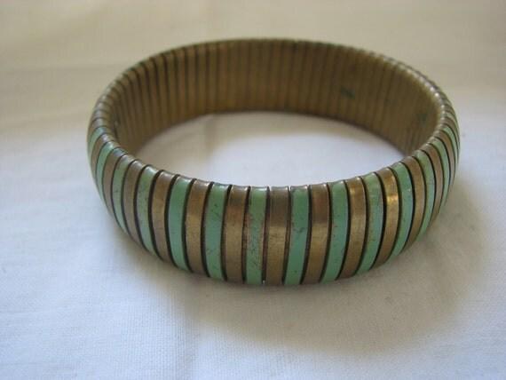 Mod Stretchy Chunky Bracelet Bronze and Green Stripe