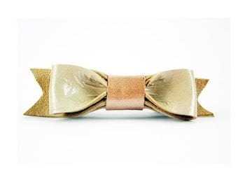 Beige barrette bow,  Beige leather bow, French barrette bow, Beige leather hair clip Beige hair bow, Sand color hair bow, Leather hair bow