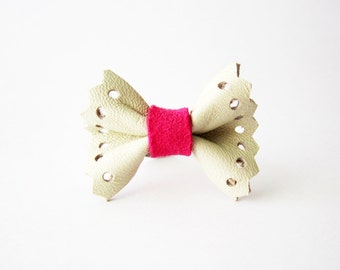 Leather ring, Cute bow ring, Neon pink bow ring, Leather bow ring, Girls cute bow ring, Pink knuckle ring, Leather jewelry,Cute knuckle ring
