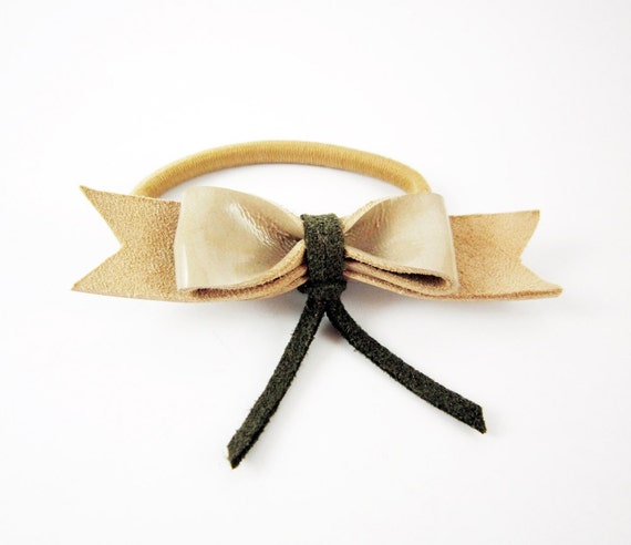 Leather bow elastic ponytail beige holder in grey and green leather. Ready to ship. FREE Combined Shipping