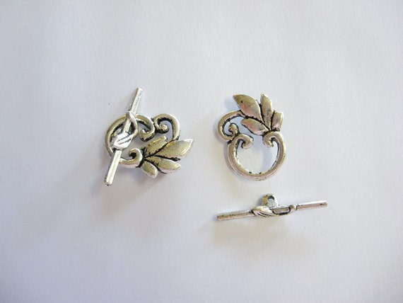 2 Pewter Leaf Toggle Clasp