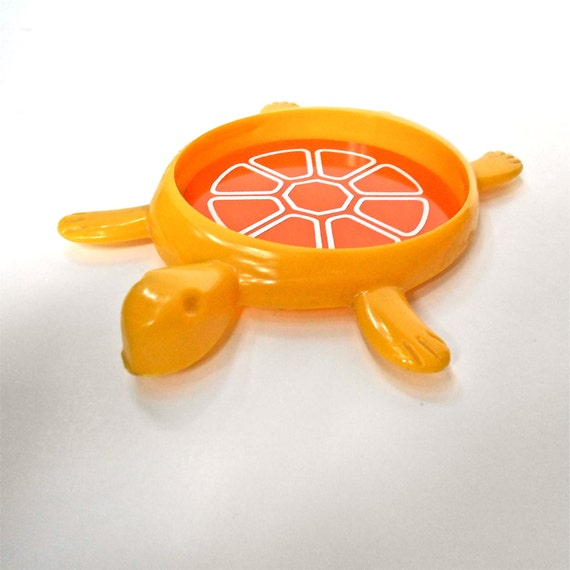 Set of Four Vintage Turtle Coasters in Yellow and Orange Made in USA