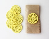Yellow decor Crochet flower appliques for gift wrapping Garland making Scrapbooking Jewelry making Easter decoration embellishment lace