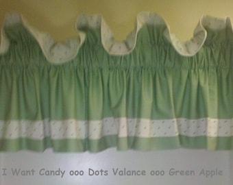 Dots valance - green apple