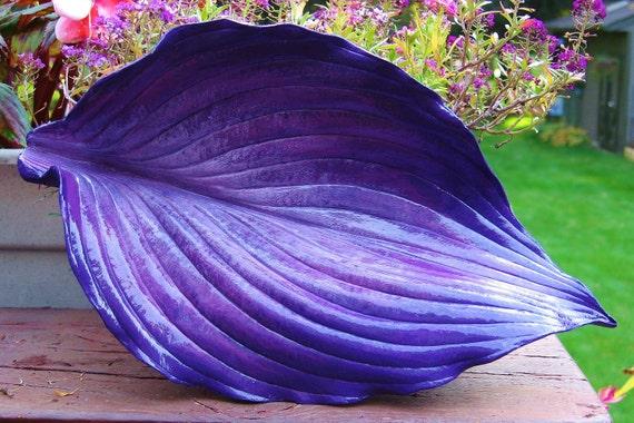Purple Hasta concrete leaf casting