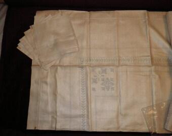 Vintage Linen Napkins Ready to Embroider, Vintage Linens, Vintage Embroidery , Vintage Dining