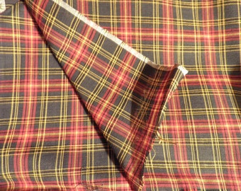 Vintage Red and Green Plaid Cotton Fabric, Vintage Textiles, Cotton Fabric, Plaid Fabric, School Girl Plaid, Vintage Sewing Supplies