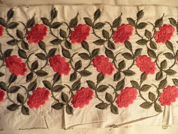 Red and Green Embroidered Cotton - Vintage