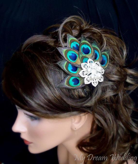 Peacock Hair Clip. Peacock Feathers bride-bridesmaids fascinator Hair Clip. Stunning , Bridal, Wedding, Bridesmaids.  - PIA -