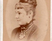 CDV photograph of a young lady side portrait, Peterborough, Ontario