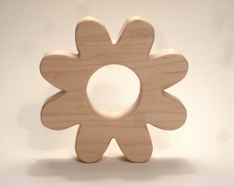 100% Natural Wooden Flower Teether for Infants and Toddlers