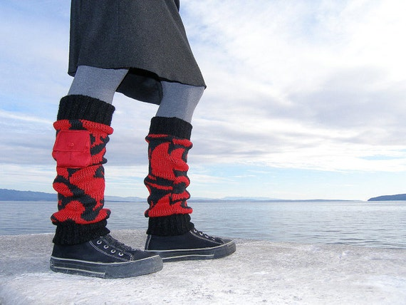 Recycled leg warmers - Red black leg warmers with pockets - Woman winter leg warmers