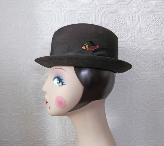 Brown Fedora Hat, Ribbon and Feather Detail, Wool, Men or Women, Vintage 50's or 60's