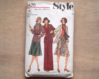 Vintage 1970s flared trousers pattern, jacket and skirt pattern Style 1425