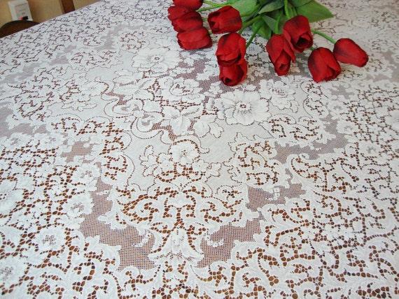 """Antique Lace Tablecloth 69"""" x 88"""""""
