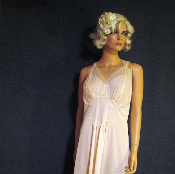 "Vintage Nightgown 1950's Artemis 42"" Bust XL"