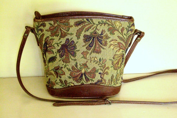 crossbody bag - tapestry bag - bucket bag - Anthropologie style -  Liz Claiborne - mini bag - leather bag