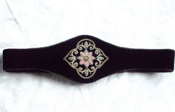 black velvet cinch belt  - boho belt - prom - formal - embroidered medallion