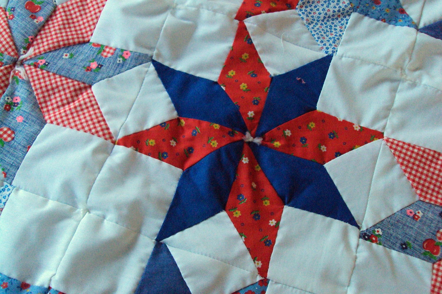 Small Handmade Quilt Baby Quilt Star Pattern Red White