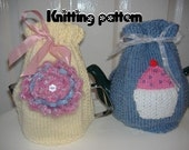 Tea cosy knitting pattern choice flower or cupcake to decorate.