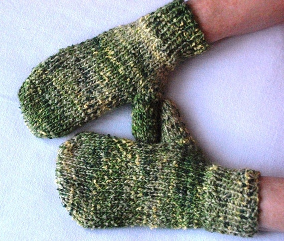 Womans mittens, chunky yarn with wool. green and yellows. UK seller.