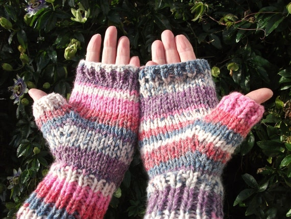 Ladies fingerless mittens pink mix yarn.