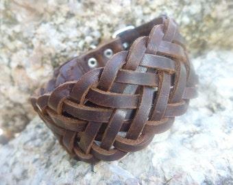 Leather Bracelet.Brown  Leather Bracelet .Cuff.Unisex