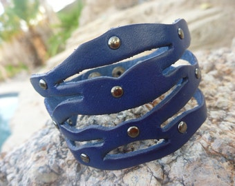 Leather Bracelet.Blue Leather Bracelet/Wristband.Cuff.Bangle.Unisex. Women.Men.
