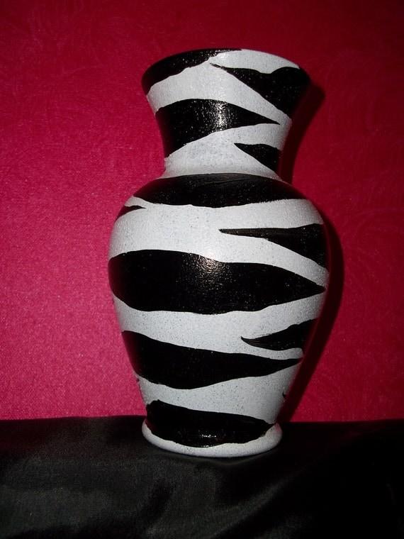 Hand Painted Zebra Vase /8