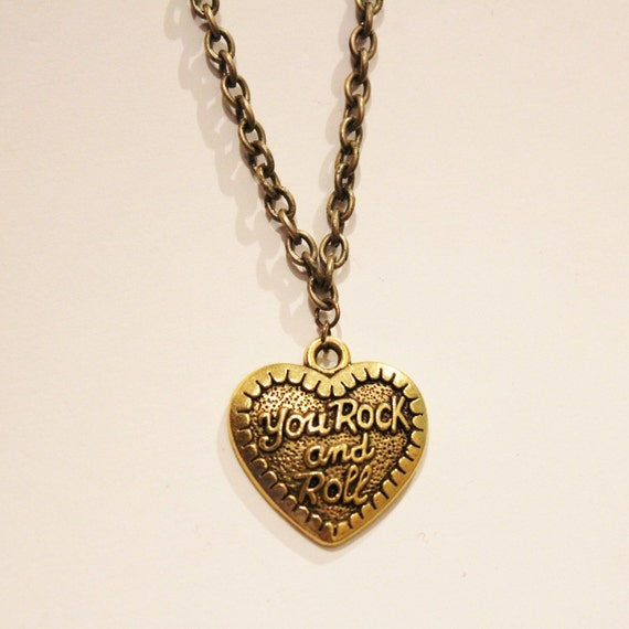 pif vintage heart charm necklace