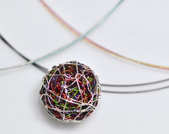 Ball necklace Wire pendant Minimalist necklace Geometric necklace Red necklace Green necklace Unique necklace for women Simple necklace Cute