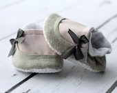 Baby Shoes - Infant Booties - Unique Baby Gift  - Infant, Newborn, Baby Crib Shoes - My Baby & Co - My Audrey