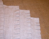4 Linen Placemats with Hand Pleated Ruffle