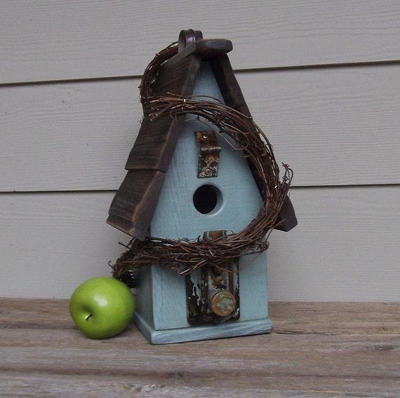 Primitive Birdhouse, Rustic Birdhouse, Wood Birdhouse, Reclaimed, Recycled, Sage Green, Outdoor Birdhouse, Decorative Birdhouse, Grapevine