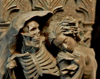 Death and the Maiden wall plaque