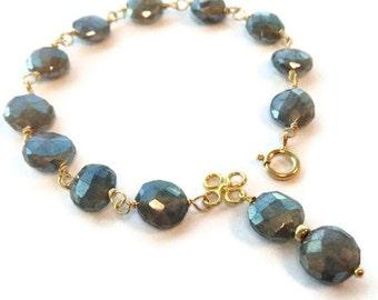 Labradorite Bracelet - Gray Bracelet - Gold Jewelry - Grey Natural Gemstone Jewellery - Iridescent - Wire Wrapped - Fashion B-219