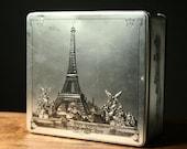 Eiffel tower vintage biscuit tin