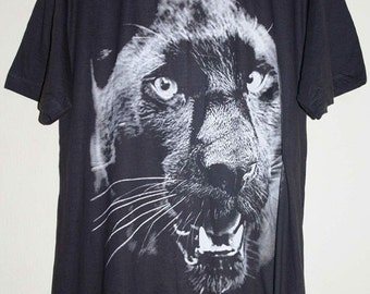 Black Panther Animal Graphic Design Hand Printed T-Shirt L