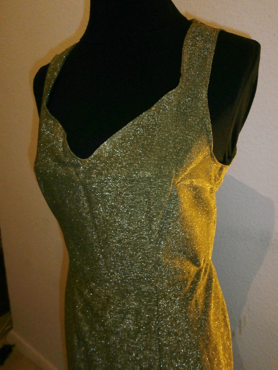 Late 50s early 60s Olive Green w/ golden Lurex Dress  Size M