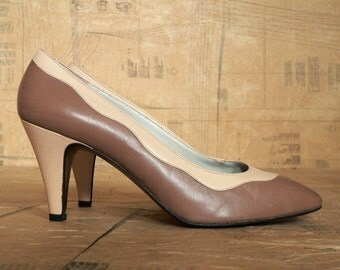 Vintage 1980s Heels Pumps. Soft Pink and Waves of Taupe Brown Shoes. Size UK 6, US 8.5, Eur 39