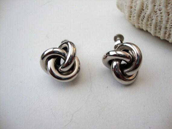 Vintage Knot Earrings : Silver Knots vintage silver tone screw back knot earrings