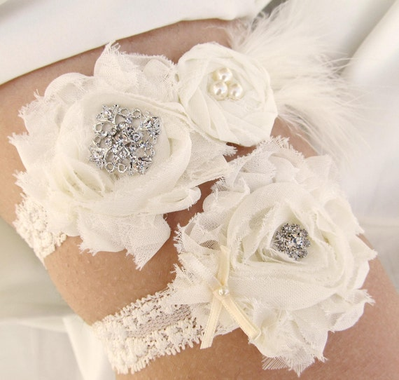 RUSH listing for Betty-Vintage Inspired Bridal Garter Set in Ivory