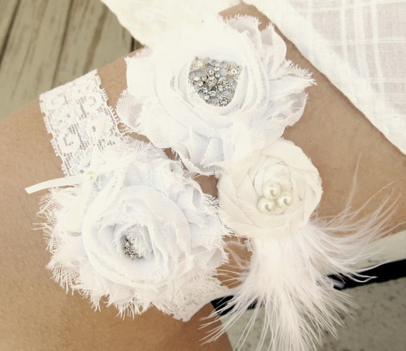 Vintage Lace Wedding Garter Set: 301 Moved Permanently