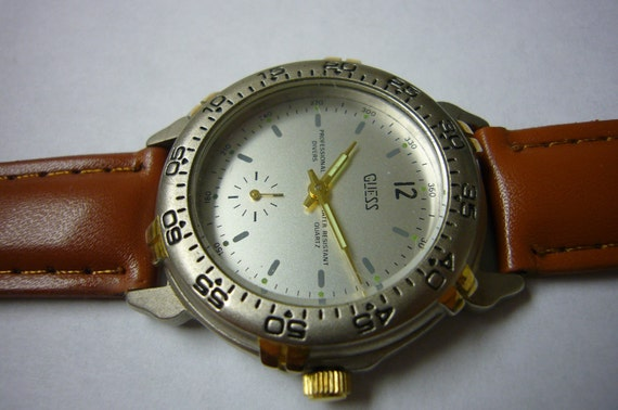 GUESS Watch Wristwatch PROFESSIONAL DIVERS Vintage Wrist Watch Rare Collectable 1991 Model Sale
