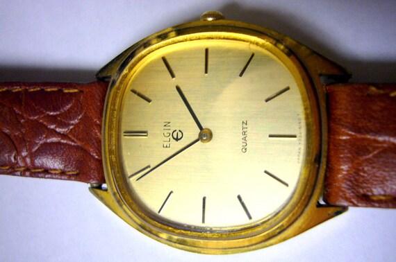 ELGIN Watch Wristwatch Mens Unique Shape Vintage Wrist Watch Rare Collectable Model 1970s