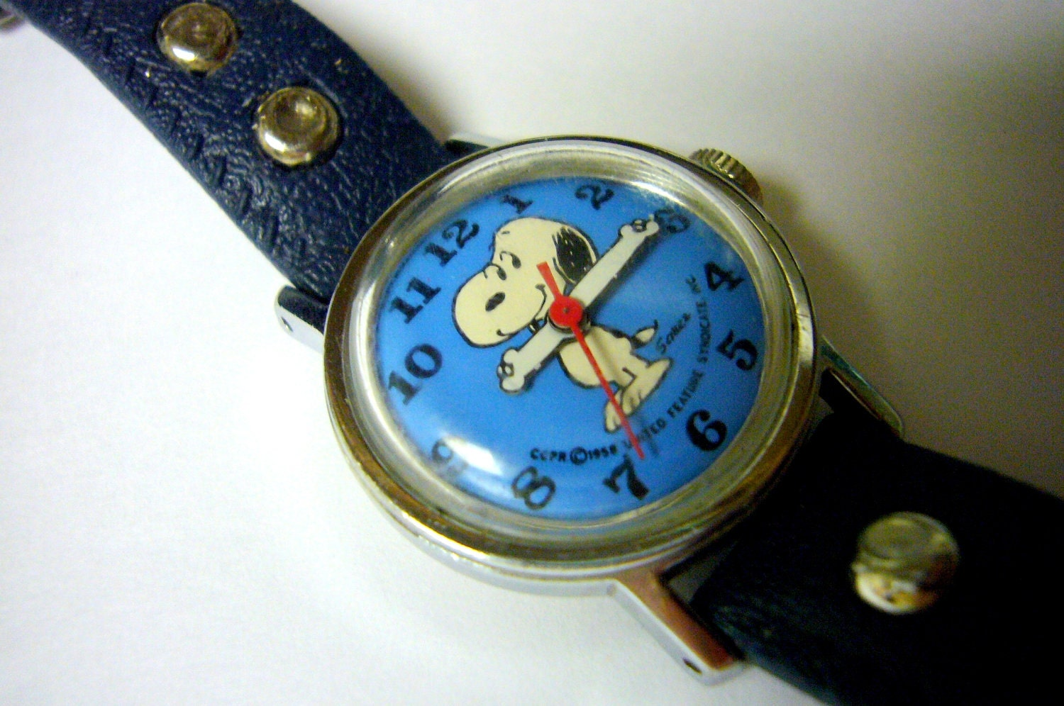 Snoopy vintage peanuts cartoon blue wrist watch by watchchas for Snoopy watches