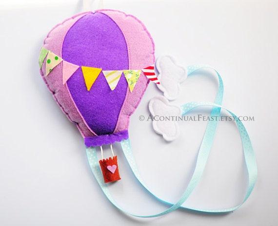 Hot Balloon Bow Holder in Sweet Purple