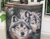 Wolf Print Decorated 8 oz. Stainless Steel Hip Flask