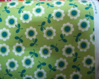 bright white and blueish green flowers on green by Ann kelle Flannel for Robert Kaufman Fabrics 1 yard licensed print