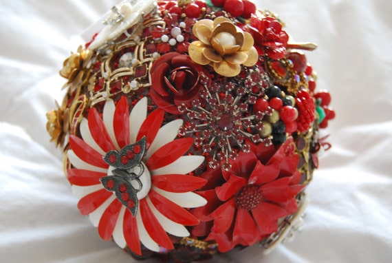 Candy The Red and White Hierloom Brooch-jewelry Bouquet